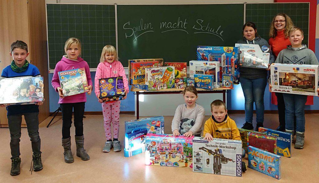 Förderverein der Grundschule Knüllwald-Rengshausen, Spielen macht Schule